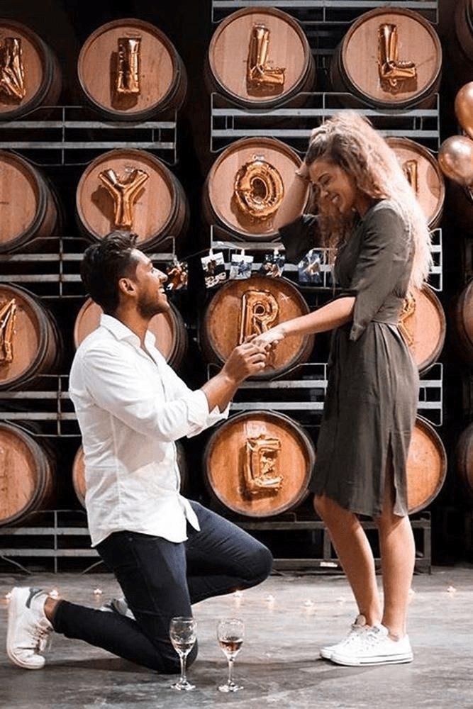 pedido de noivado em vinícola