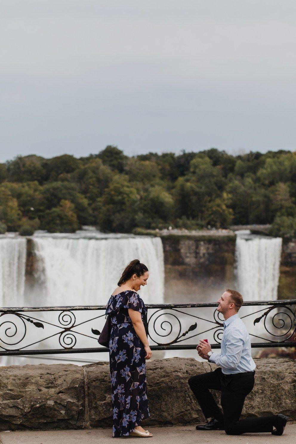 Pedido de casamento em cascata