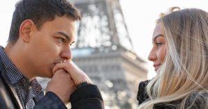 Pedido de casamento em Paris:  ele planejou um pedido em frente à Torre Eiffel