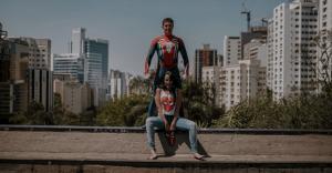 Noivos Geeks fazem um ensaio fotográfico de casal criativo, inspirado em filmes e sagas!