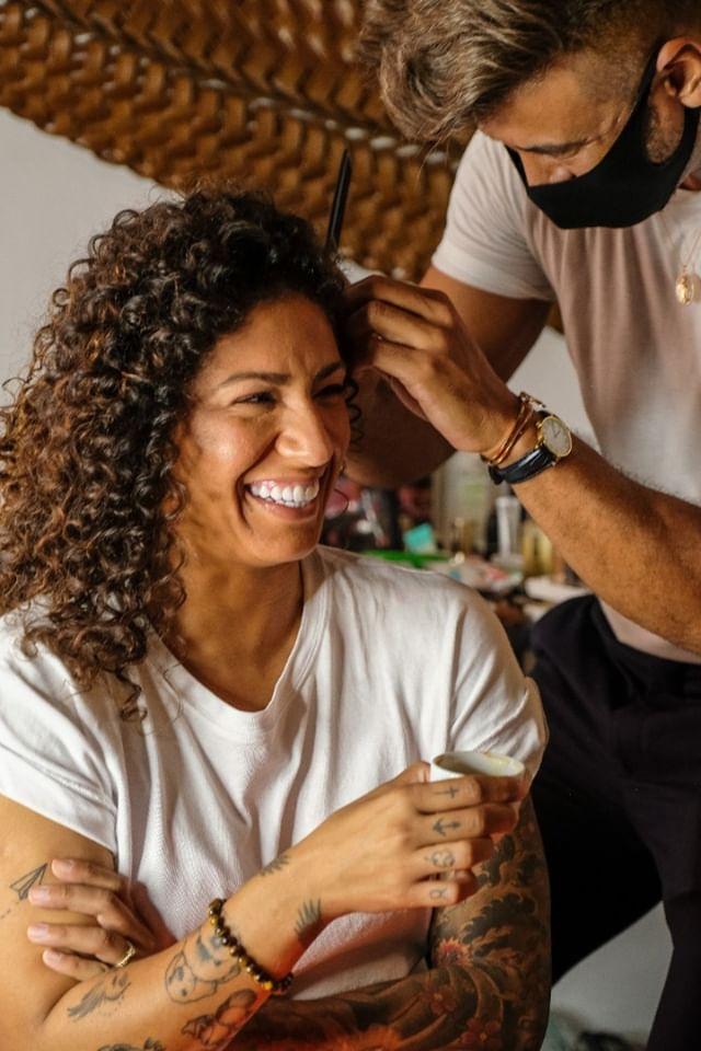penteado de Cris Rozeira