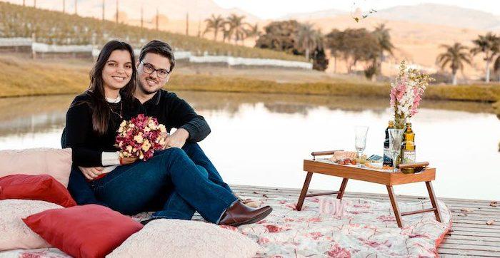 Pedido de casamento surpresa em uma vinícola em Minas Gerais