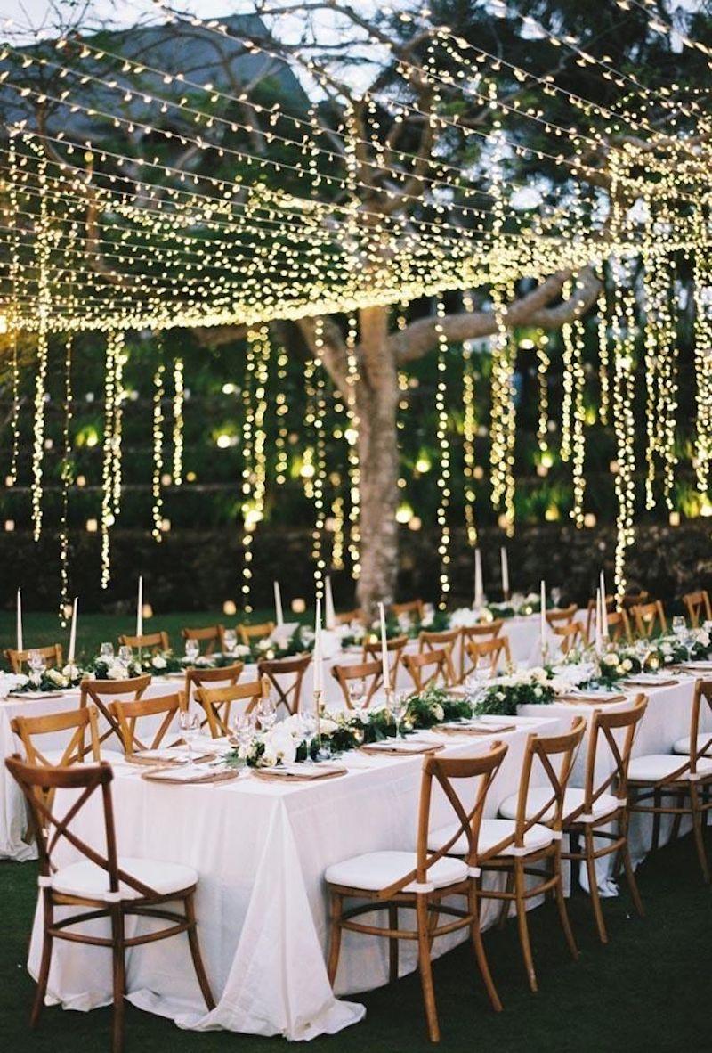iluminação com varal de luzes para casamento