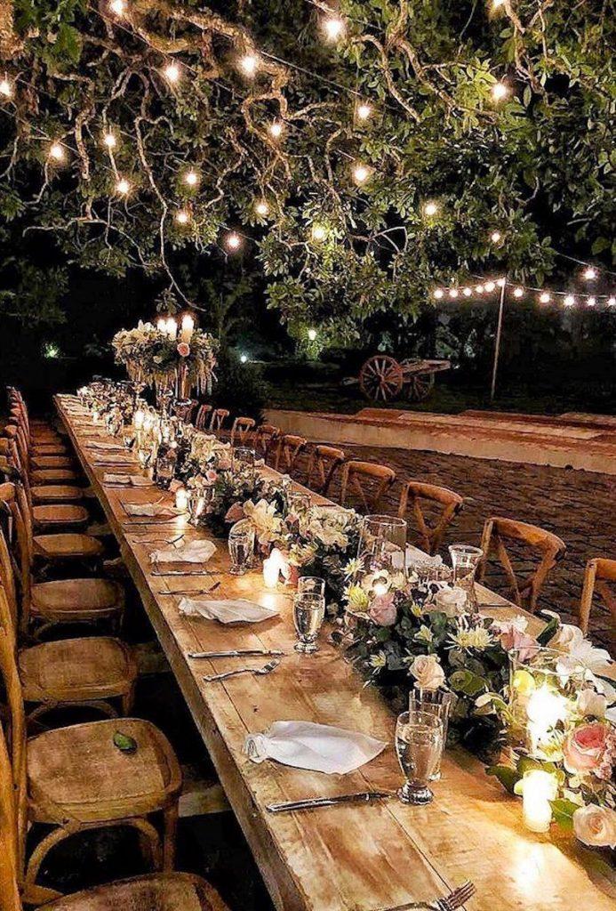 festa de casamento com iluminação