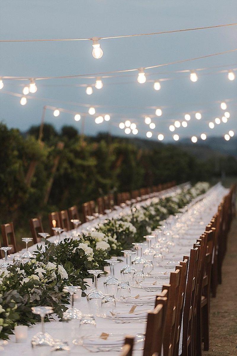 casamento decorado com luzes