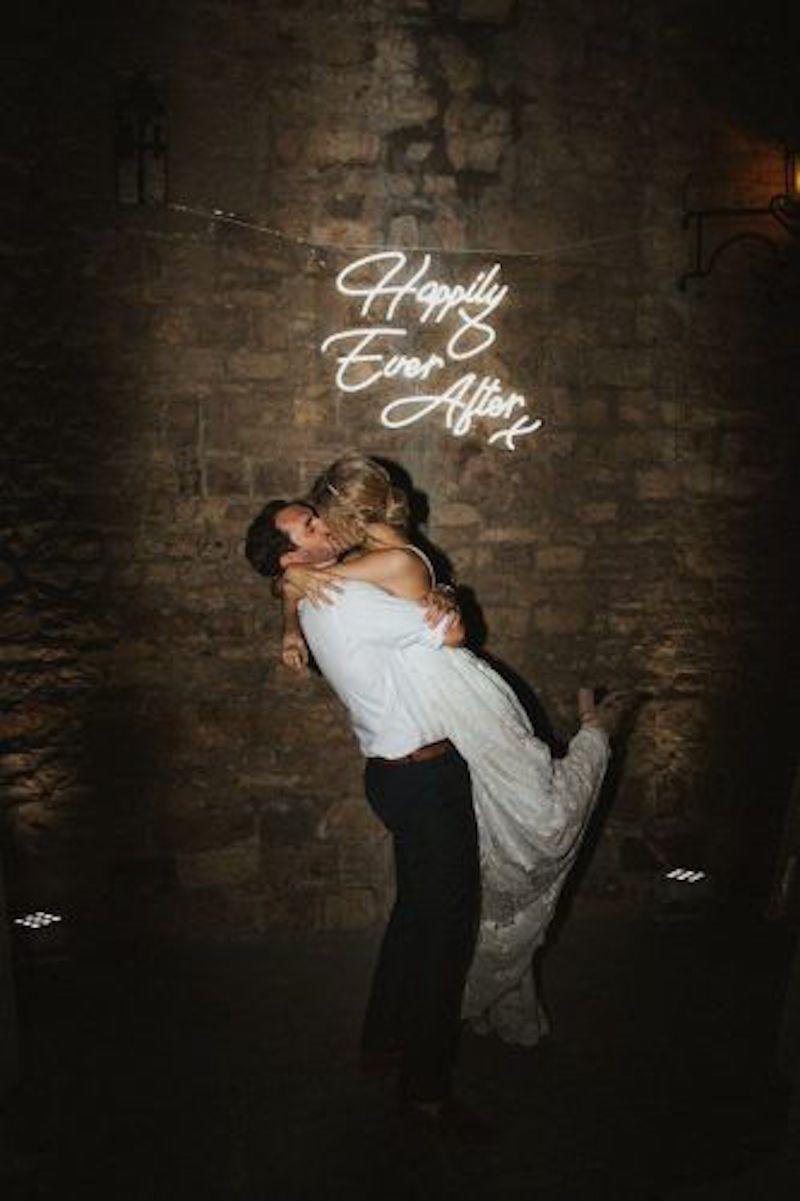 letreiro iluminada para casamento