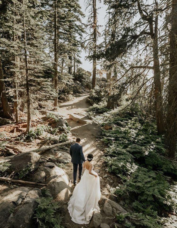 noivos em elopement wedding