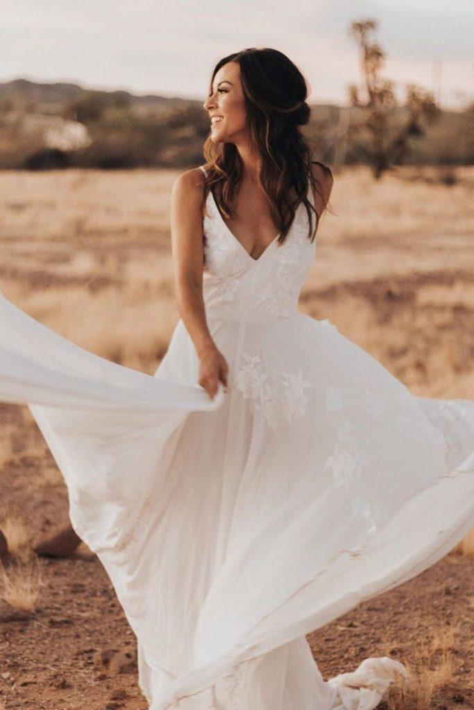 vestido de noiva simples com renda