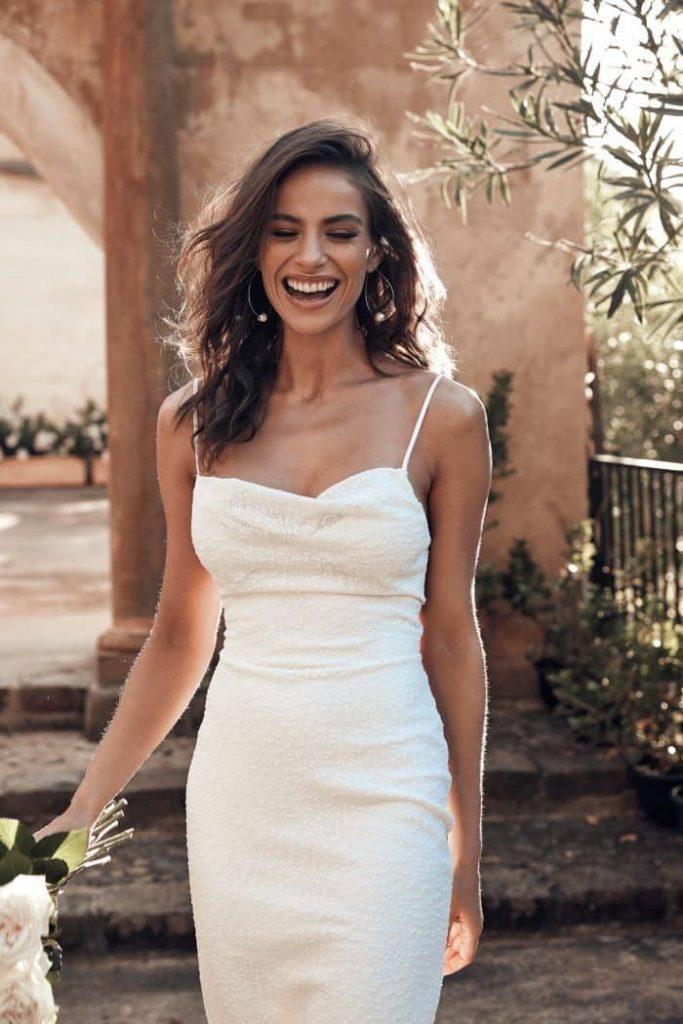 vestido de noiva branco básico
