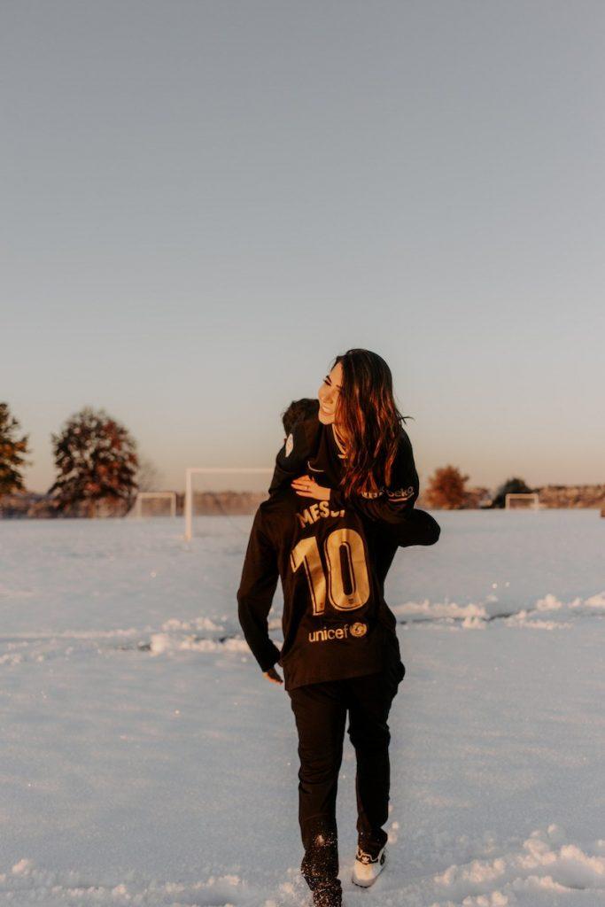 ensaio fotográfico com camisa do Messi