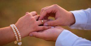 anúncio de noivado