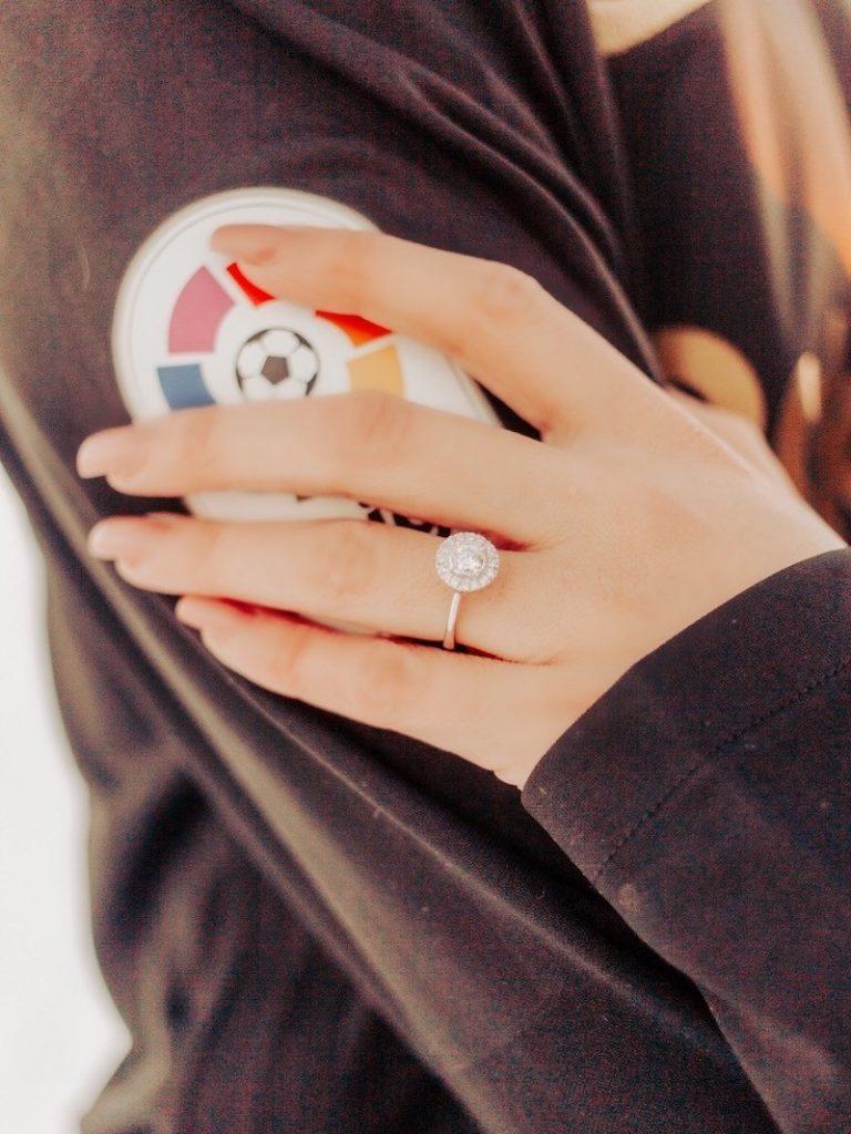 tipos de anel Halo Ring em ouro branco