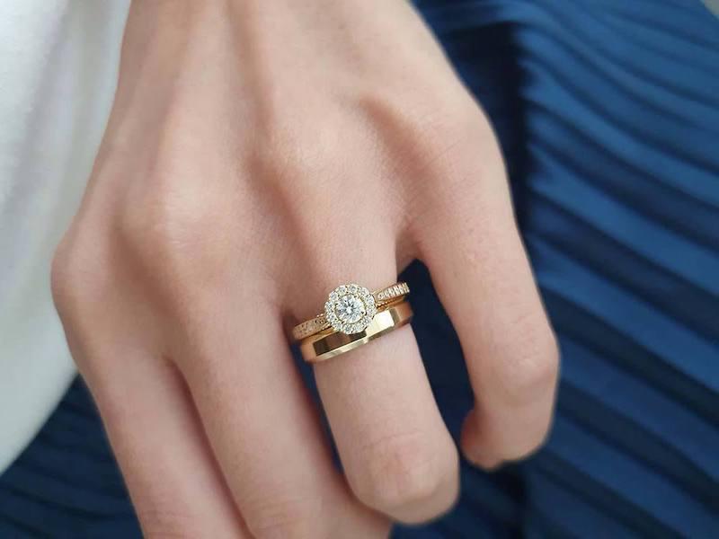 anel de noivado Amore Mio e aliança Chuí