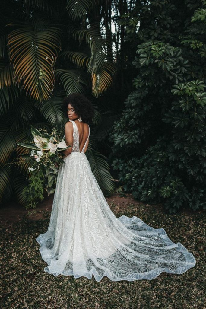 vestido de noiva com decote discreto