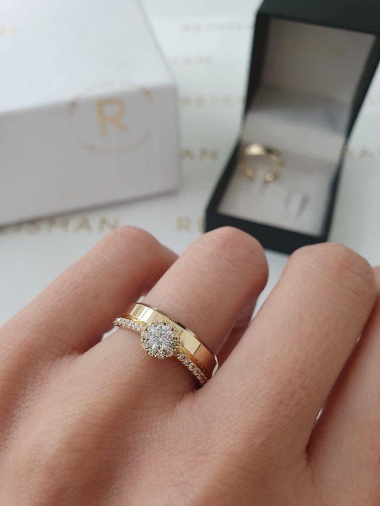 combinação de anel halo ring com aliança de casamento
