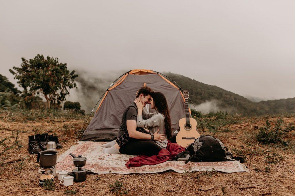 acampar no dia dos namorados
