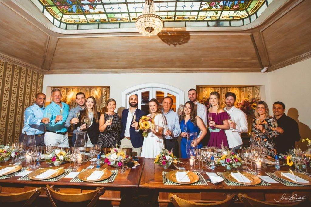 cerimônia de casamento com poucos convidados