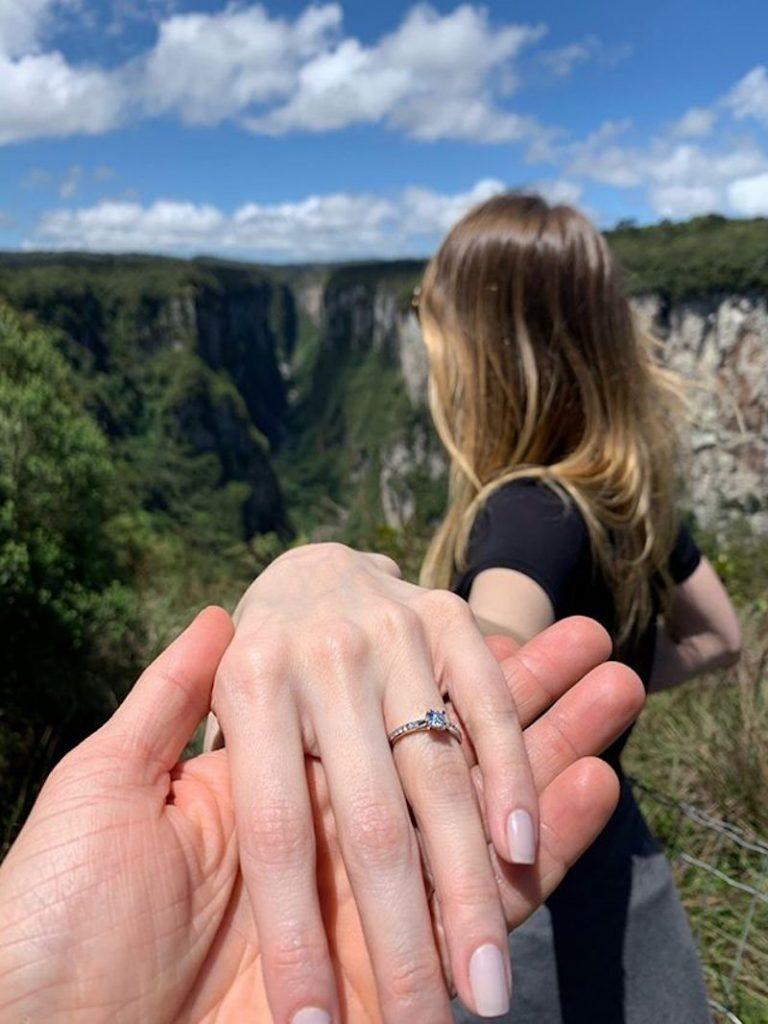 pedido de casamento surpresa em viagem
