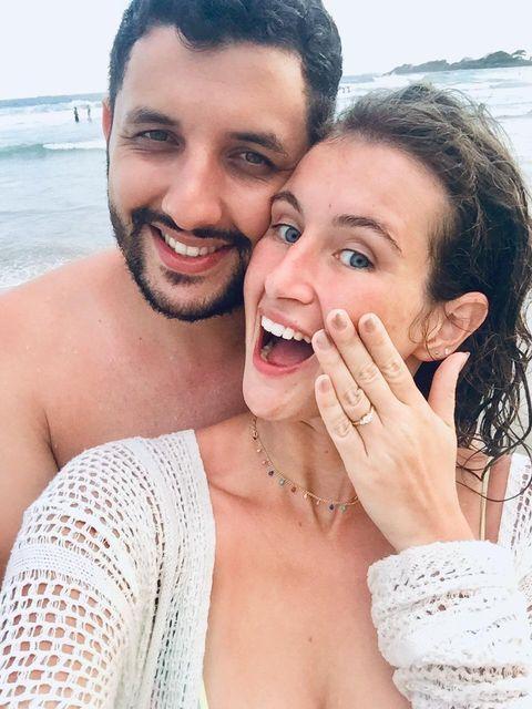clientes Reisman com anel de noivado