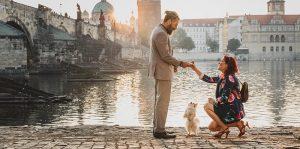 Pedido de casamento feito pela mulher: o que saber antes de fazer o pedido para o namorado?