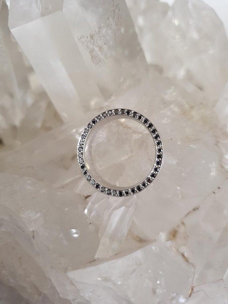Existe anel de noivado para homem?