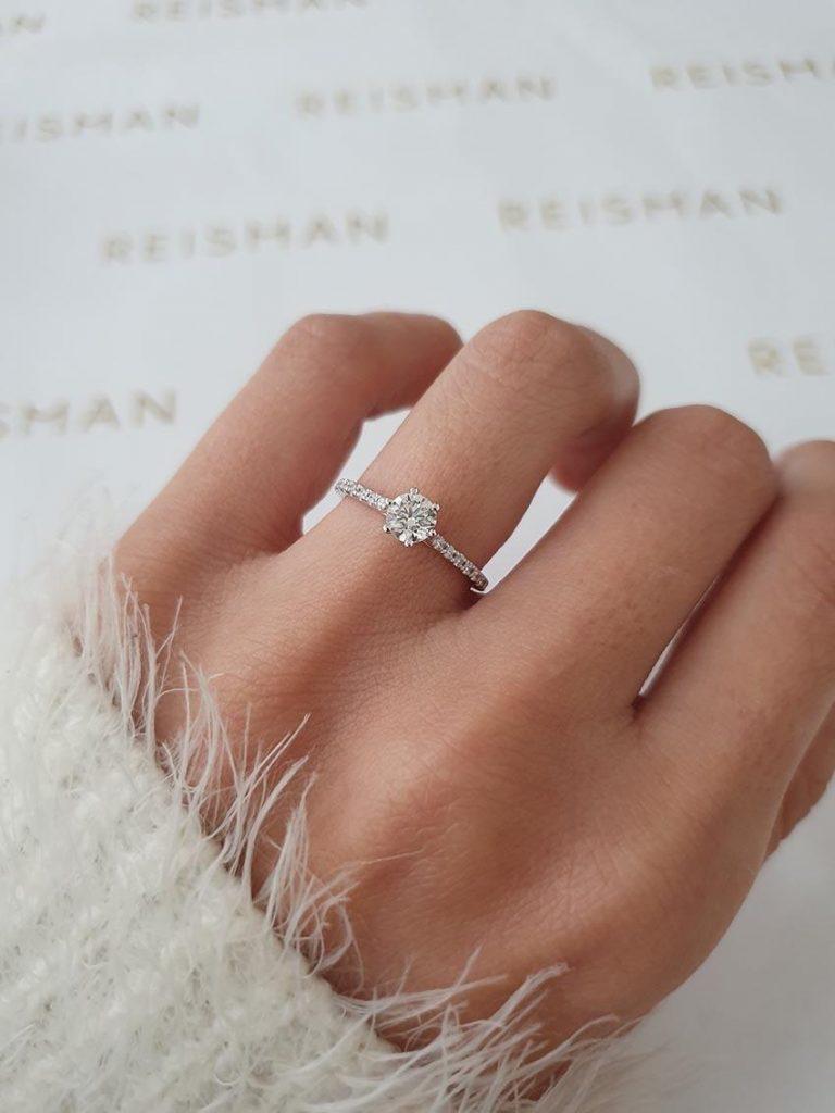 anel solitário com diamante de 50pts