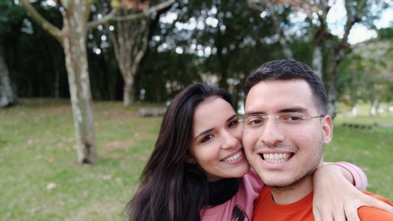 Pedido de casamento surpresa: um amor que começou pelo WhatsApp