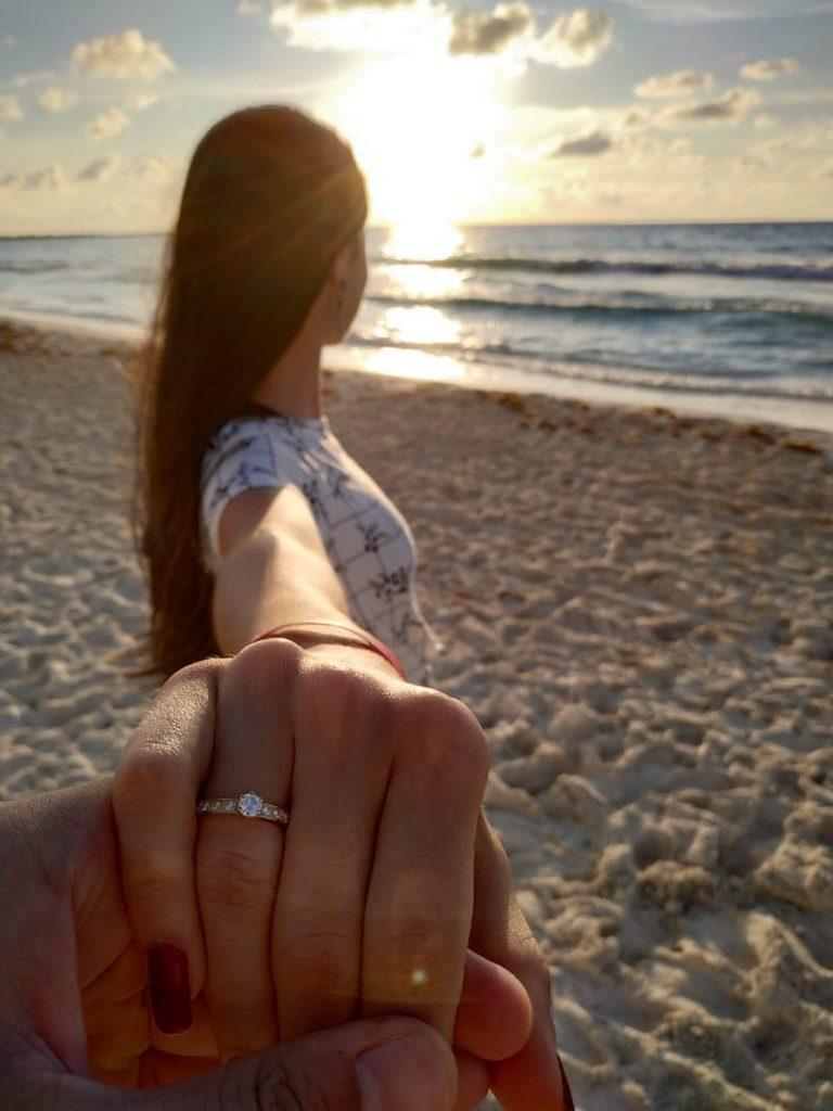anel de noivado em ouro amarelo 18k