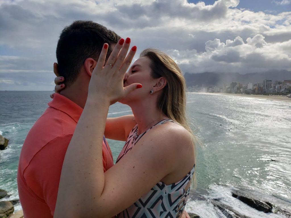 pedido de casamento com vista para a praia de Ipanema