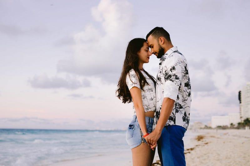 pedido de casamento em Cancún na praia