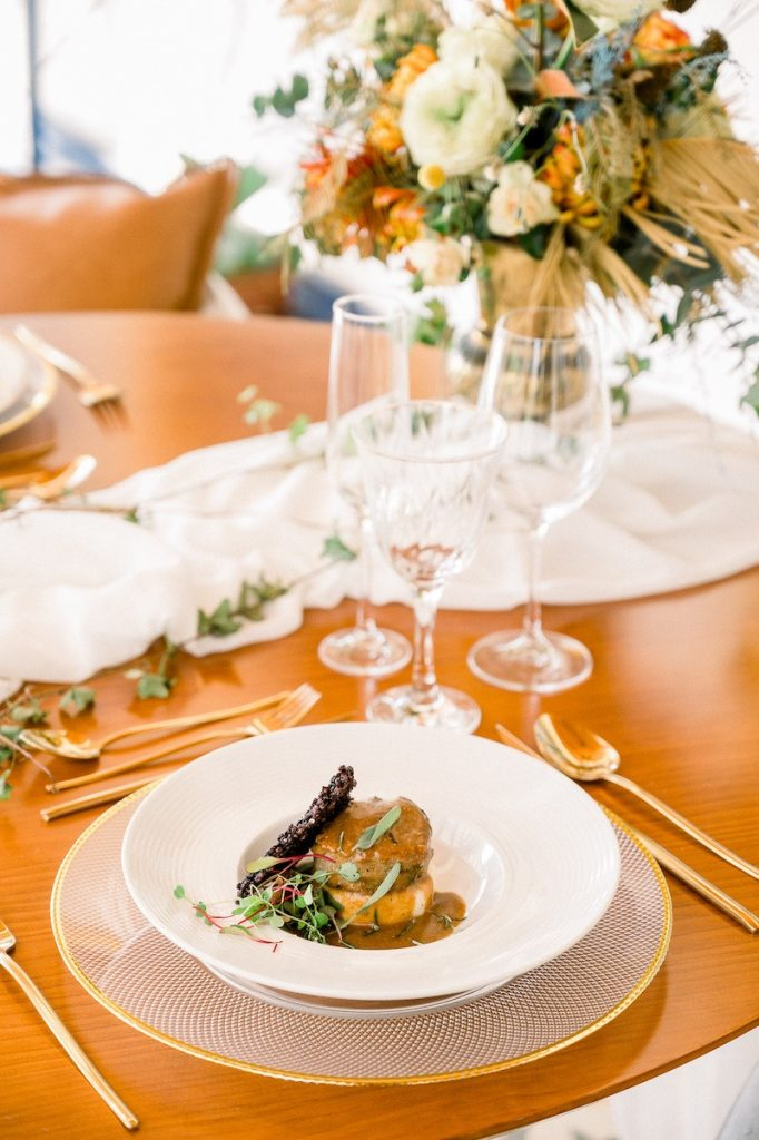 mesa posta em casamento colonial