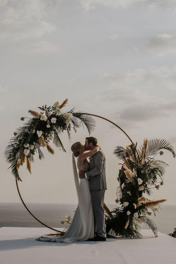 arco circular em cerimônia