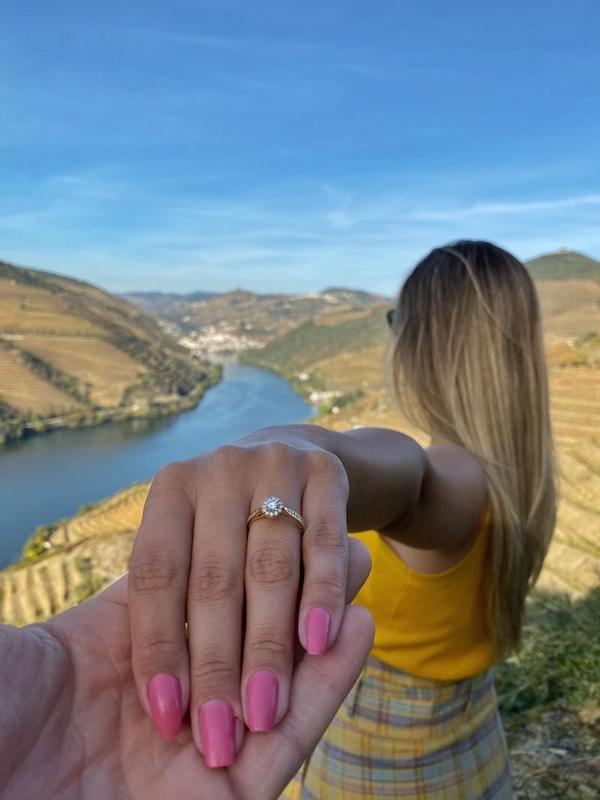 pedido de casamento surpresa com anel Amore Mio