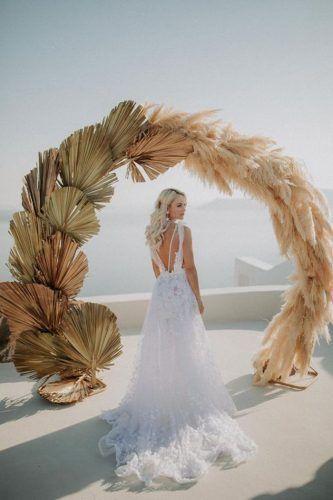 arco decorado com capim dos pampas