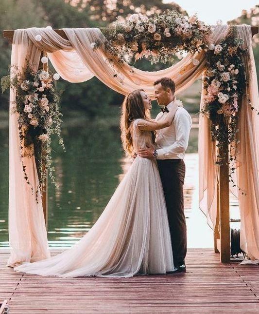 casamento no lago com arco